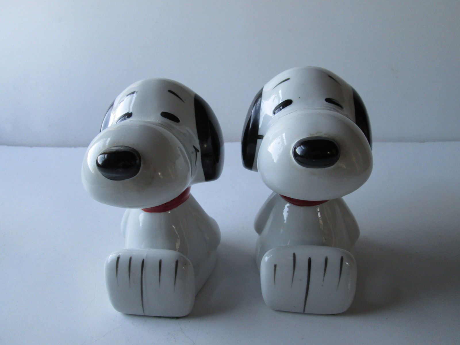 Snoopy Set of Ceramic Bookends