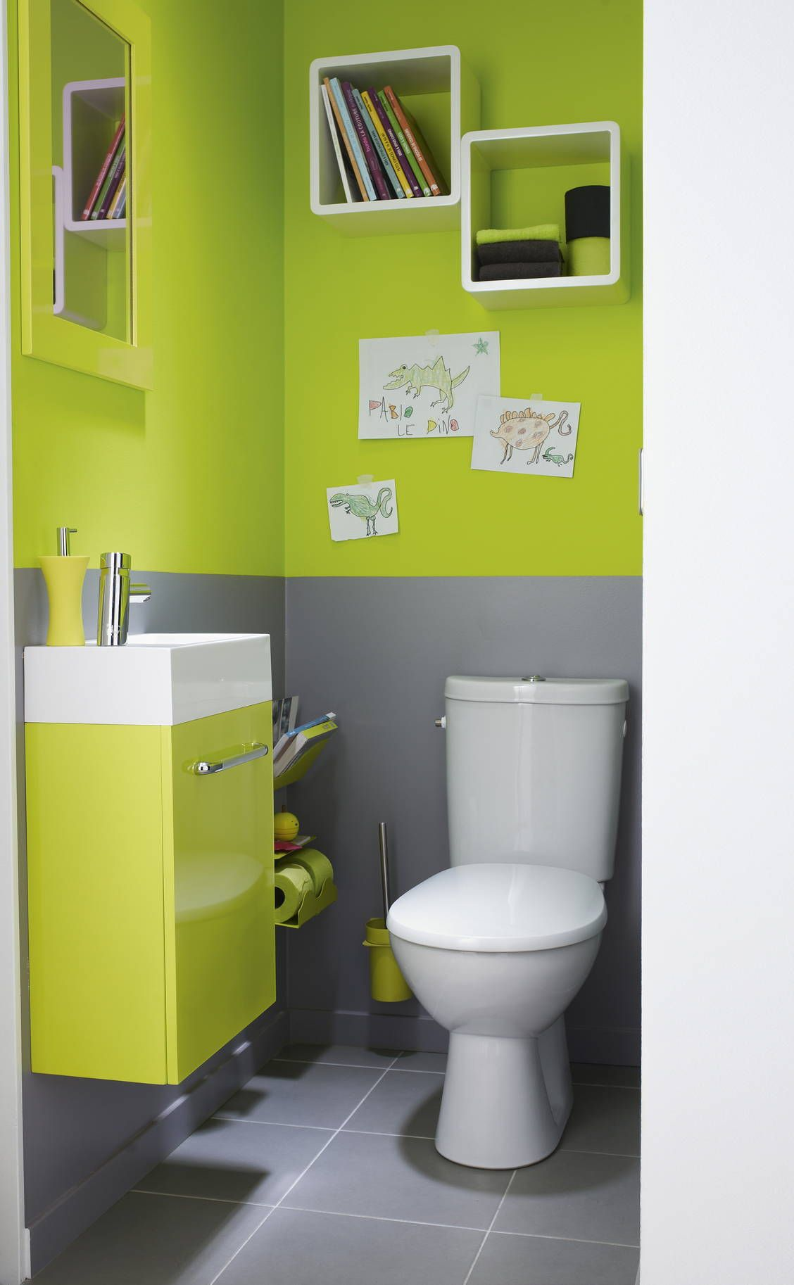 harmonie parfaite entre la couleur du lave mains et les murs