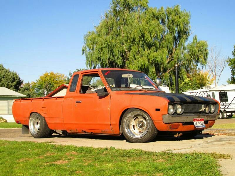 Slammed Datsun Mini Truck