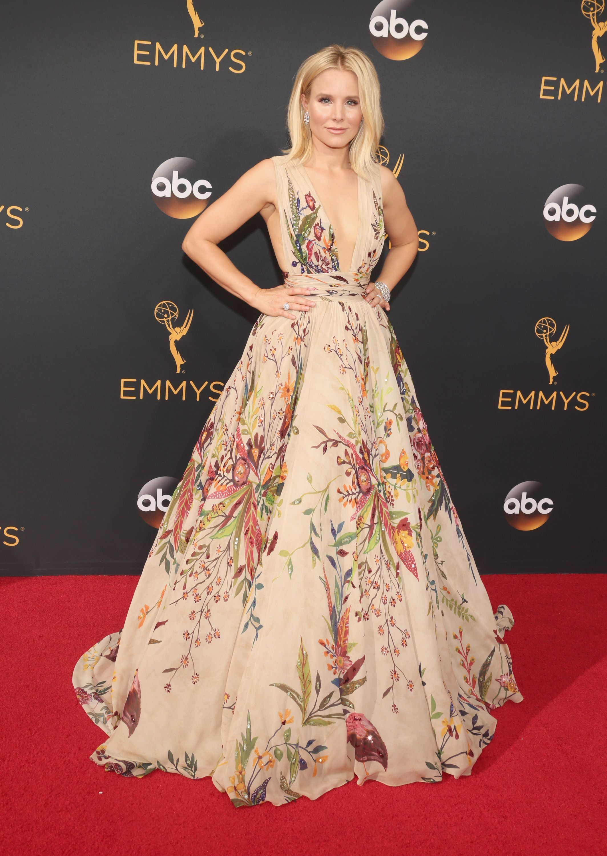 Kristen bell in a zuhair murad gown brian atwood shoes and harry