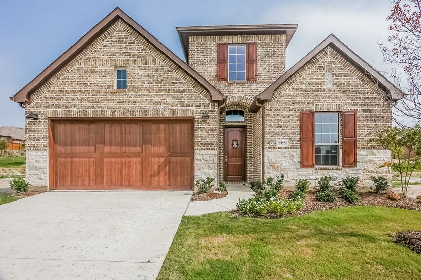 Beautiful 2 Story Home 3144 Sqft 4bed3bath2 Car Garage Features