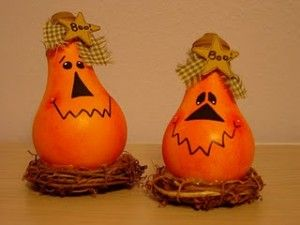 Cute  pumpkins made from recycled light bulbs.