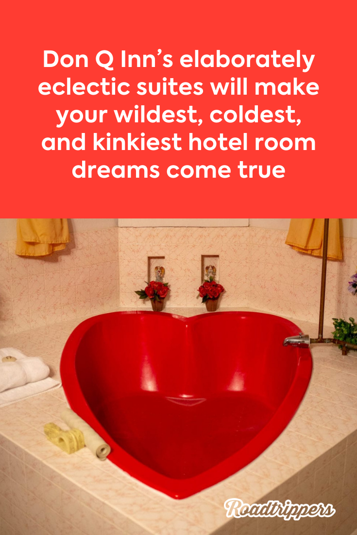 Heart Shaped Tubs And Bed Shackles The Kitschy Don Q Inn Has Been Delighting Honeymooners For Decades Retro Bathrooms Inn House On The Rock