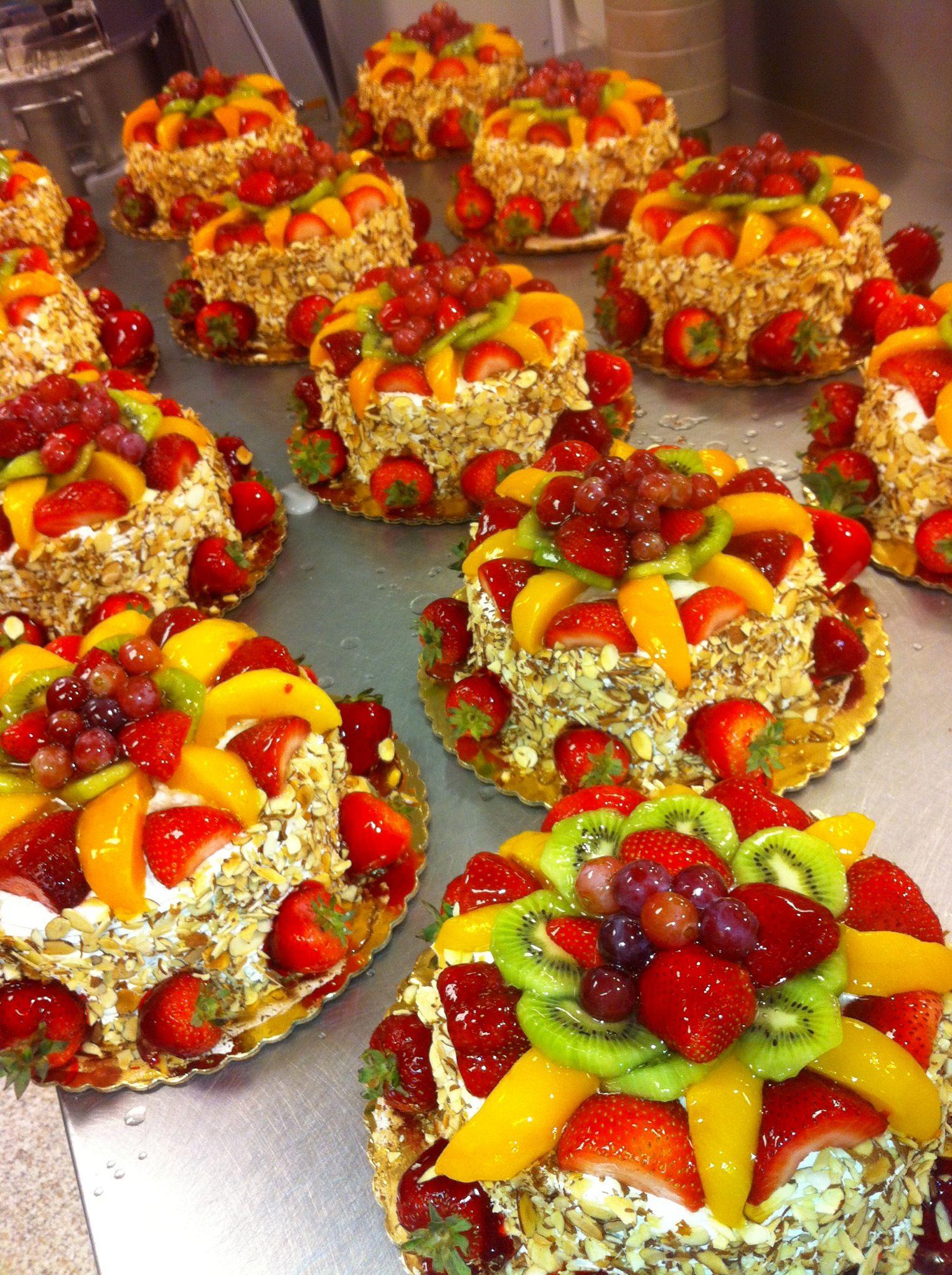 Publix Fruit Chantilly Cake