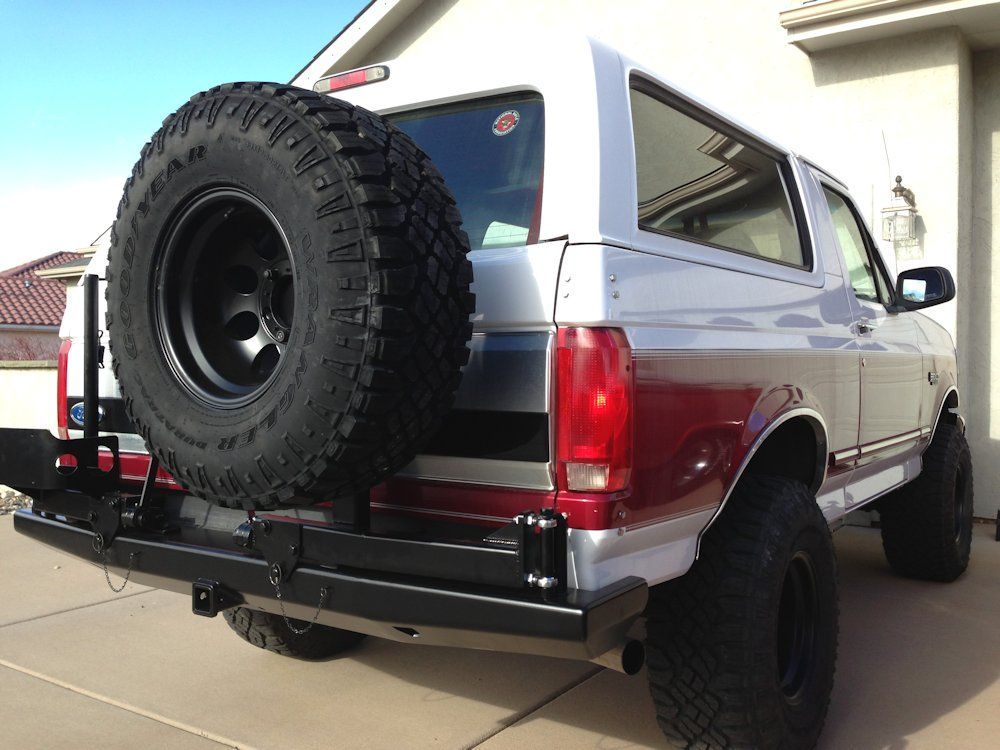 RockSolid Rear Bumper w Tire Rack & Can Ford bronco