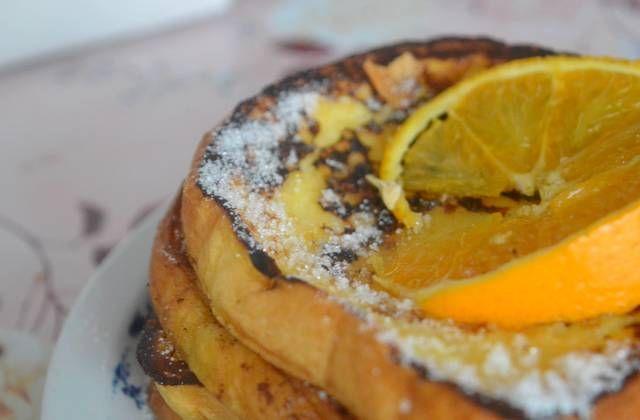 La brioche à l'orange façon pain perdu, une recette régressive pleine de saveurs !