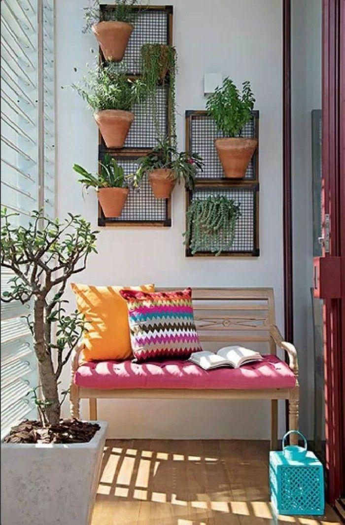 1001 ideen zum thema schmalen balkon gestalten und einrichten sitzbank holz balkon gestalten. Black Bedroom Furniture Sets. Home Design Ideas