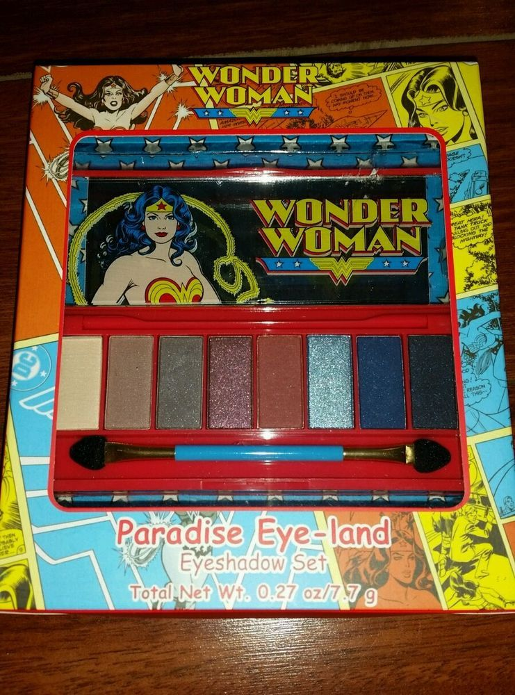 LE Wonder Woman An Eye for Justice Shadow Palette LIMITED