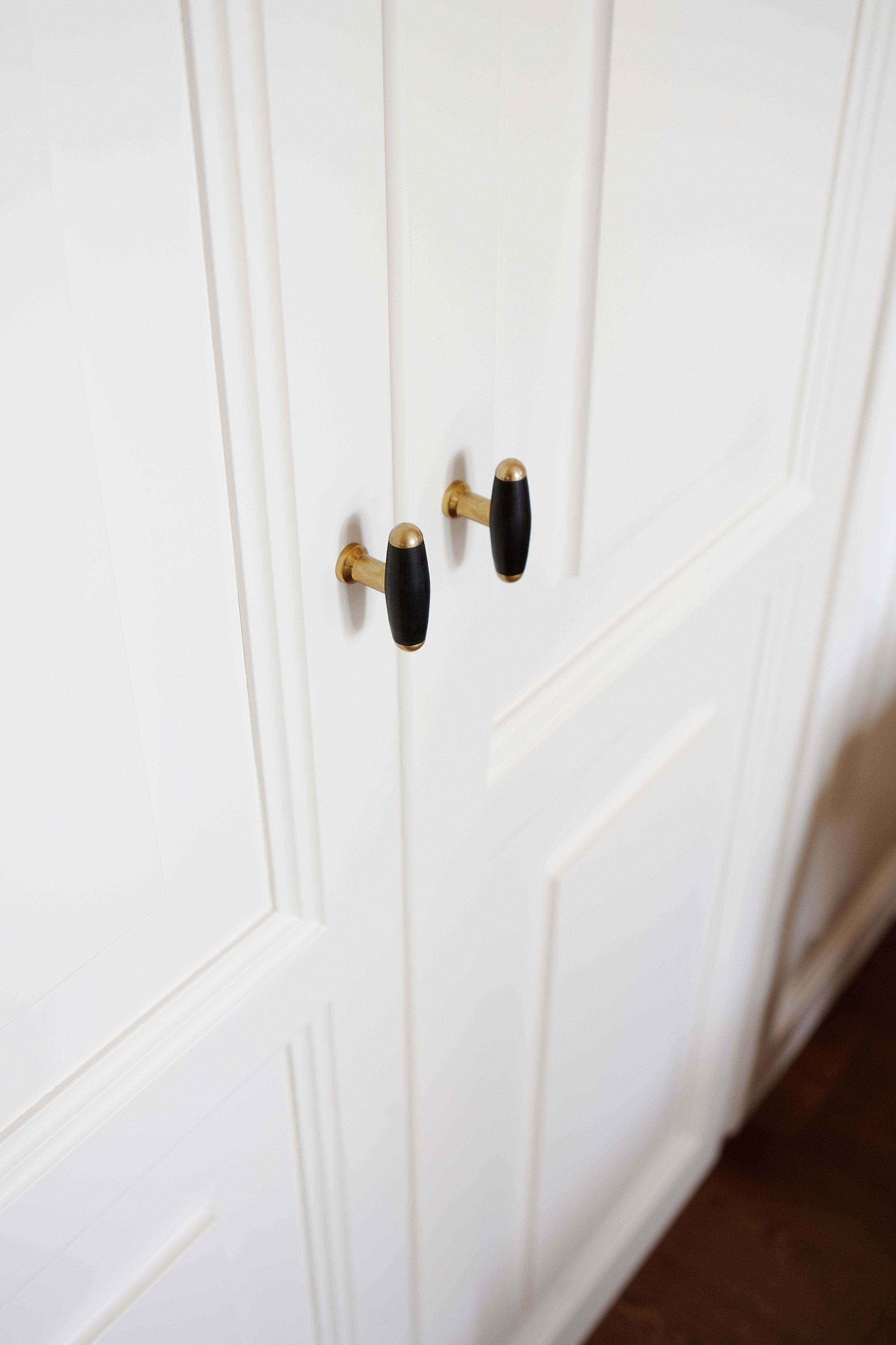 FORMANI: TIMELESS COLLECTION cabinet pulls unlacquered brass/ebony ...