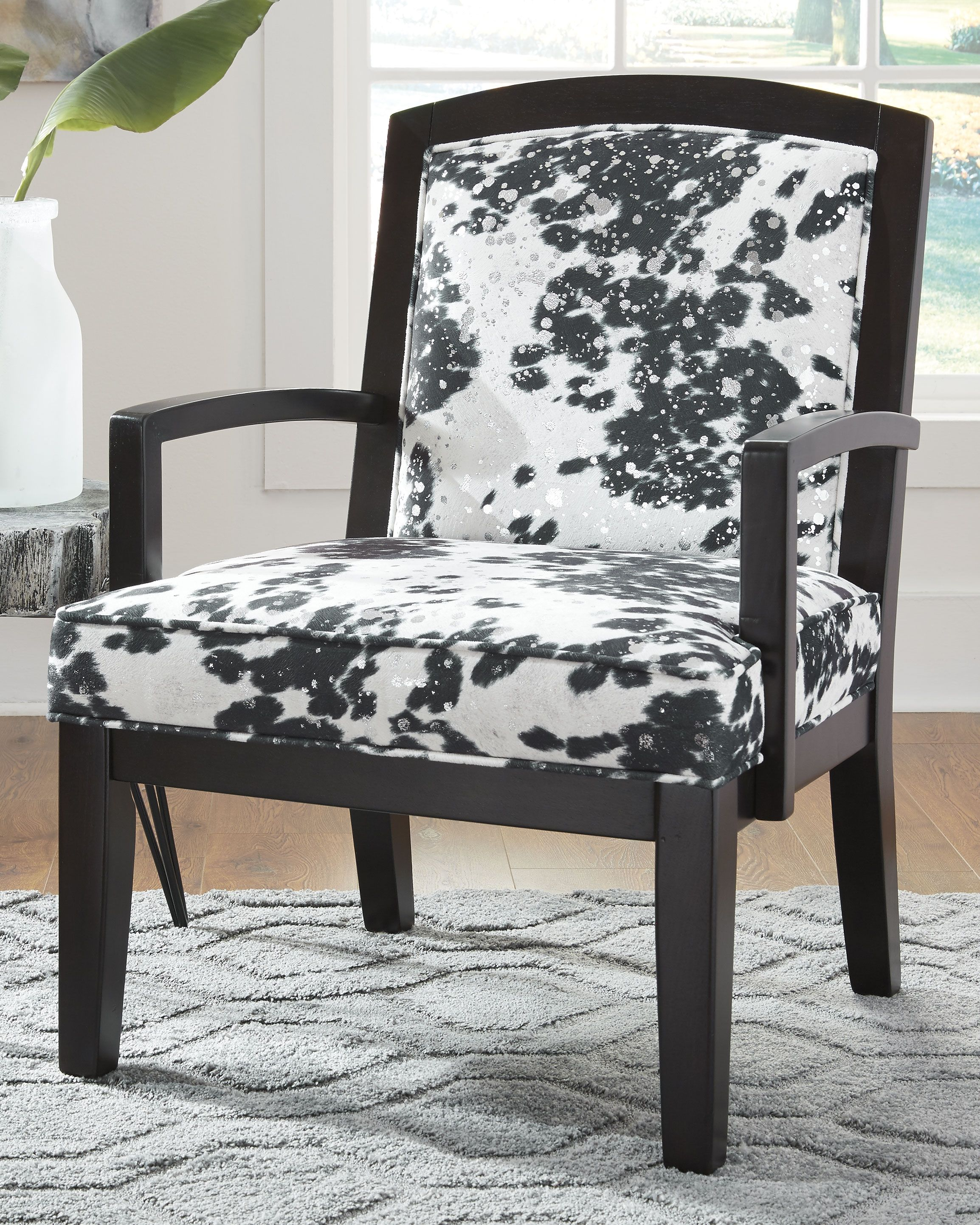 Treven Accent Chair Black Cream Silver Accent Chairs Ashley