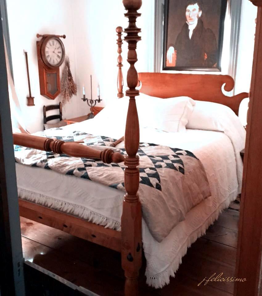 Colonial primitive decor Farmhouse Antiques Antique beds Antique house Vintage furniture Quilts Antique Quilts Maple Rope Beds Circa 1800 Poster beds Country living Country decor Colonial homes