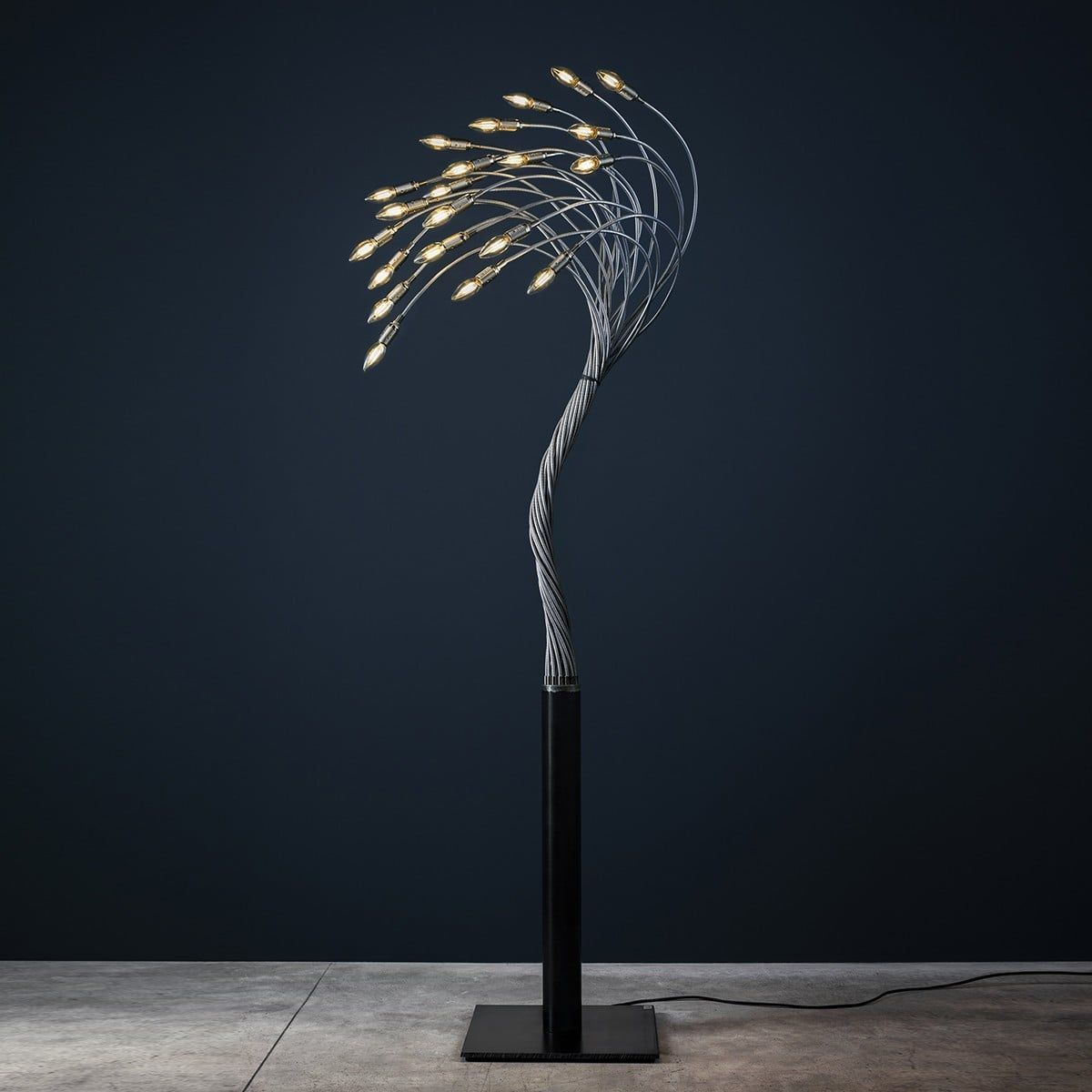 Catellani Smith Sottovento 15 Stehleuchte 15 Flg Nickel Stehlampe Weiss Grosse Stehlampe Stehlampe Schwarz