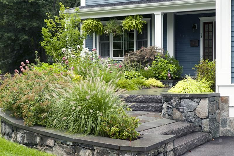 23 Pictures Of Beautifully Landscaped Front Yards Page 2 Of 5 Small Front Yard Landscaping Front Yard Landscaping Design Front Garden Design