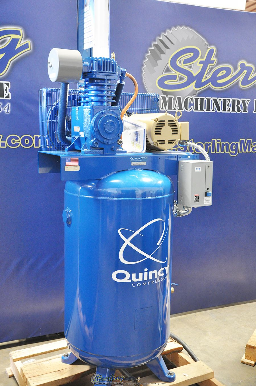 17 CFM Brand New Quincy Reciprocating VERTICAL Air