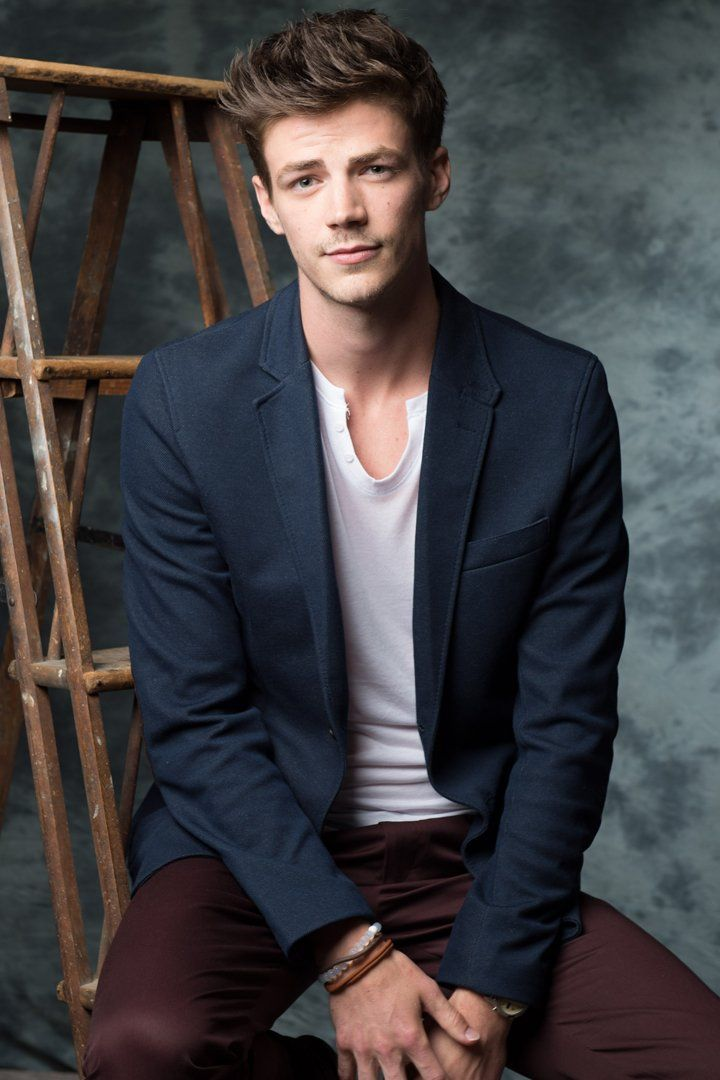 25 pictures of grant gustin that give new meaning to the phrase hot flash schauspieler und welt. Black Bedroom Furniture Sets. Home Design Ideas