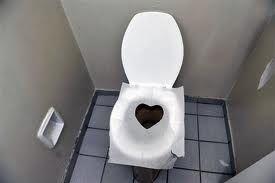 Dicas de como fazer limpador caseiro de vaso sanitário http://asformulasgratis.blogspot.com.br/2015/08/como-limpar-vaso-sanitario-receita.html
