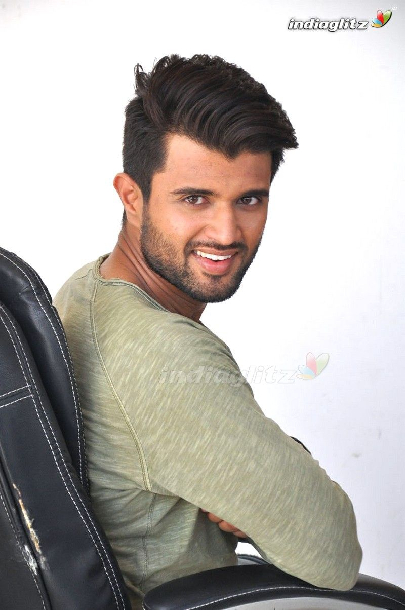 Vijay Devarakonda Telugu Actor Image Gallery Vijay Deverakonda In