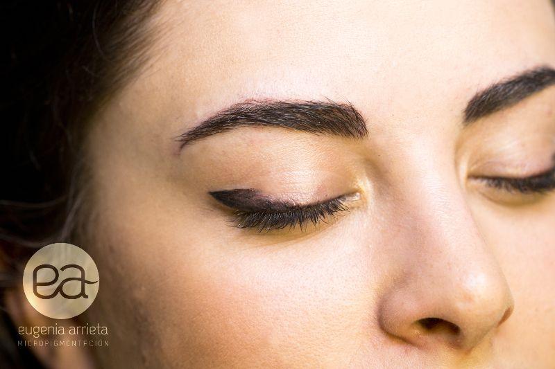 Micropigmentación sombreado ojos
