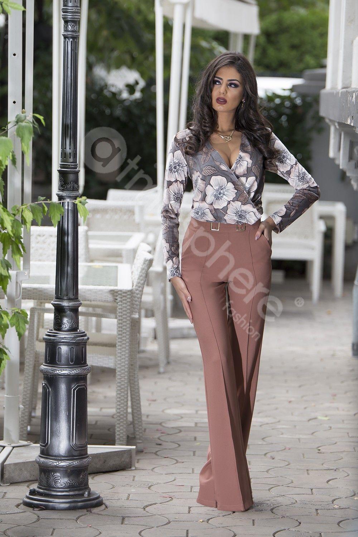 77aaac7522e9 Pantaloni eleganti cu talie inalta si catarame aurii Pantaloni dama  Pantaloni cu talie inalta Pantaloni drepti
