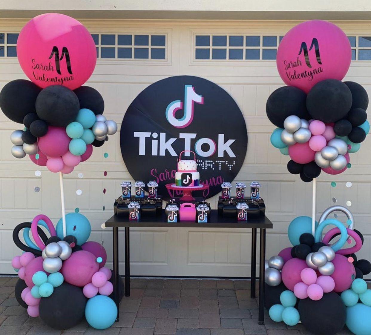 Pin By Anna On Tiktok Birthday Party Birthday Surprise Party Birthday Party Balloon Dance Party Birthday