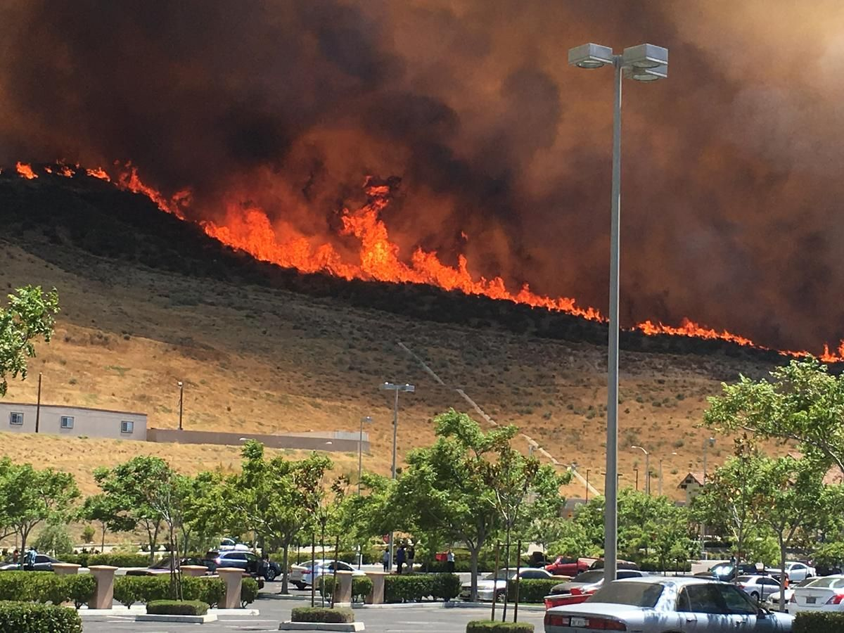 Wildfires Still Blaze In California California Wildfires Fire Icons California
