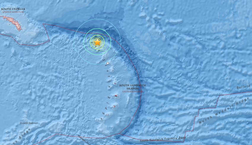 A very strong 6.7 magnitude earthquake has just struck 91 ...
