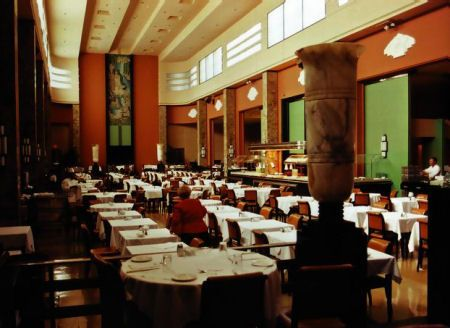 The Ninth Floor Restaurant Eatons Montreal Mrs Eaton Based Design Of New On First Class Dining Hall In Her Favourite
