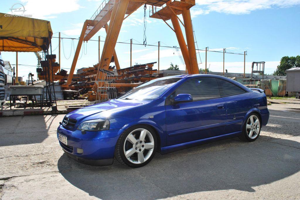 Opel Astra Bertone Si Si Bertone La Version Mas Deportiva Y Bonita Del Astra Con 10v Y Mas De 100cv Consume Un Pocillo Pero Es Espectacular