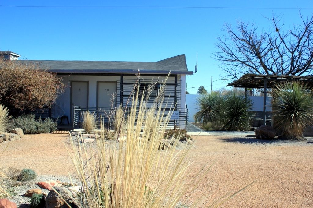 Thunderbird Hotel in Marfa Texas