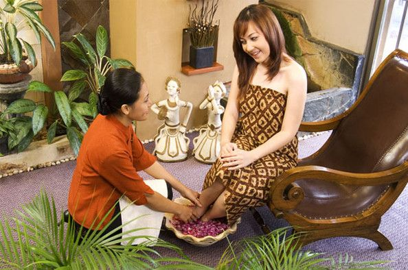 Massage therapy has been named as one of many lucrative careers nowadays since the growth of this sector is taking place very rapidly and cost of learning the techniques of massage therapy is not very expensive also. There are various schools for imparting training about massage therapy in Los Angeles.