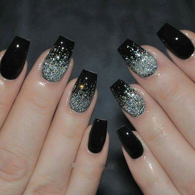 2014 Nail Art Ideas For Prom: Black And Silver Sparkles- Looks Like The Night Sky