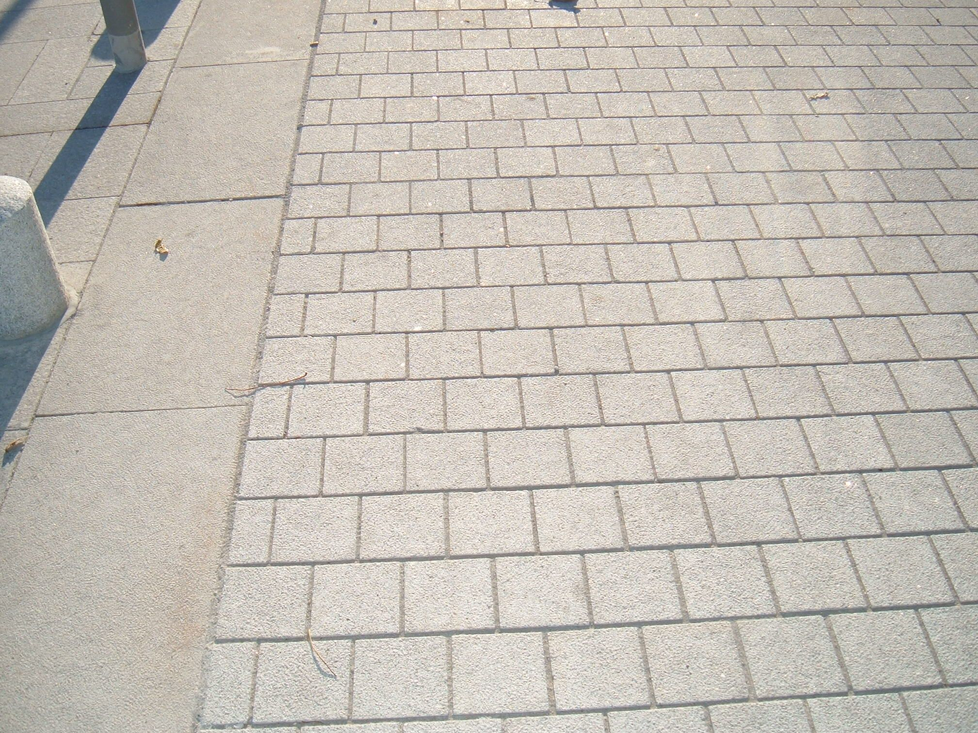 Exceptional Silver Sawn Granite Paving Setts With A Joint Www.bbsnaturalstone.com