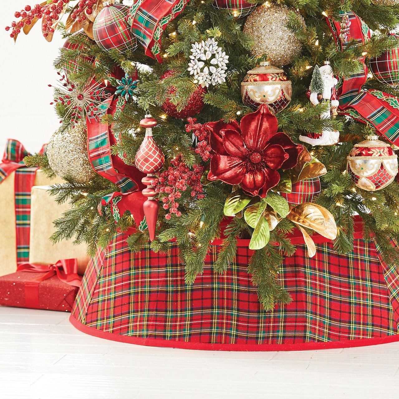 Raz 36 Red Plaid Tree Collar Christmas Tree Skirt Raz Imports Raz Christmas C Christmas Tree Accessories Gingerbread Christmas Tree Plaid Christmas Tree