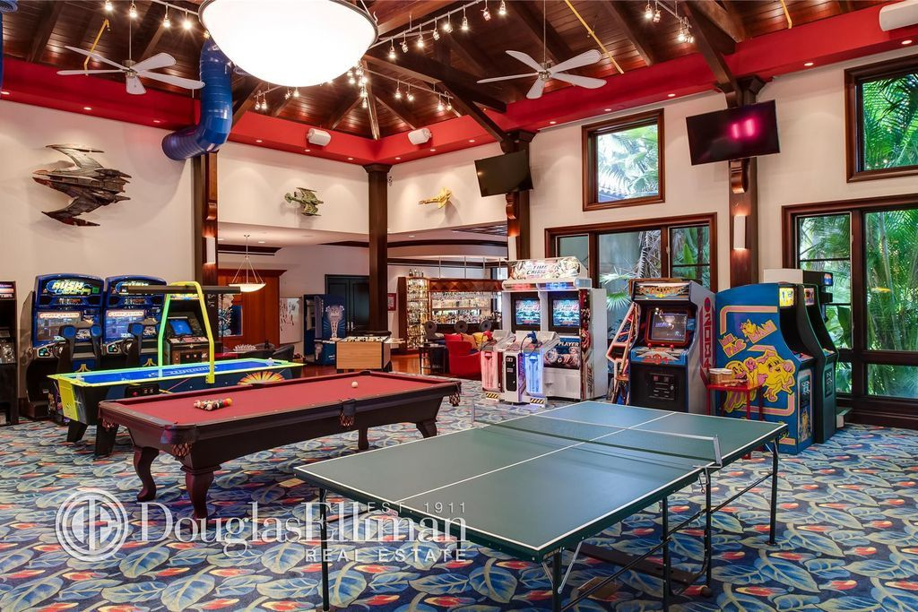 Eclectic Game Room with Ceiling fan, Stiga ping pong