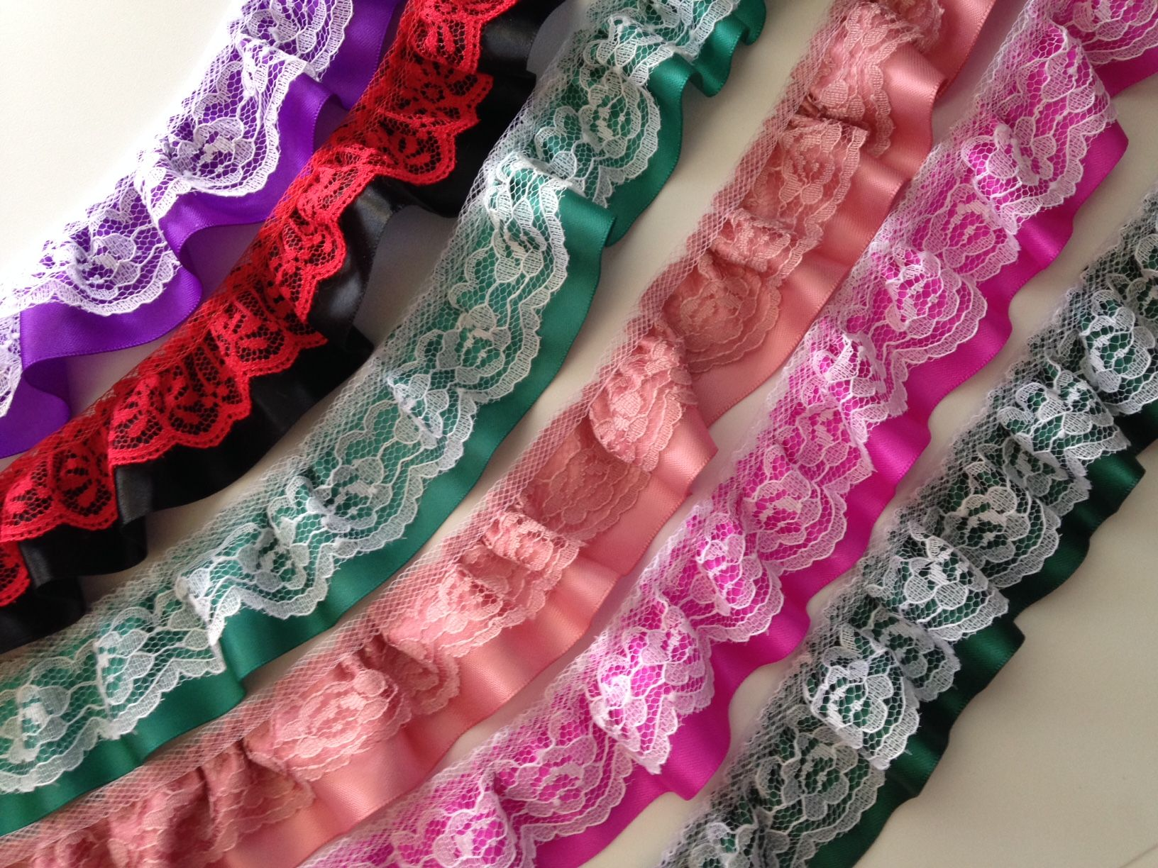 Decorative Lace TrimDoll Clothes Decorative Lace. Socks Trim Costumes Apparel Beaded Ruffled Lace Trim Gathered Lace Trim