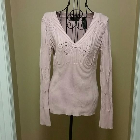 Beautiful pink sweater size medium I don't think this has been worn. It's like new.  Size medium.  100% cotton   Make me an offer or bundle to save even more. The more you buy the more you save. Just ask :). Axcess Sweaters V-Necks