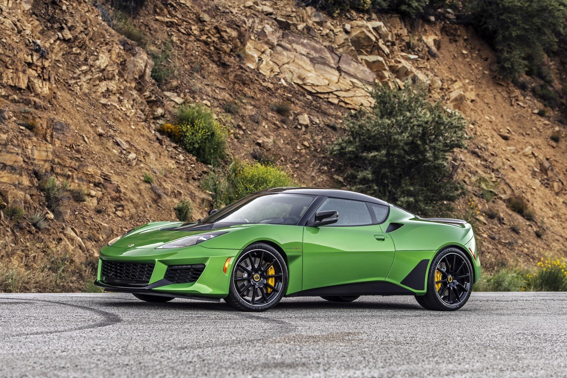 2020 Lotus Evora Gt Review The Anti Modern Sports Car Car Sports Car Evora
