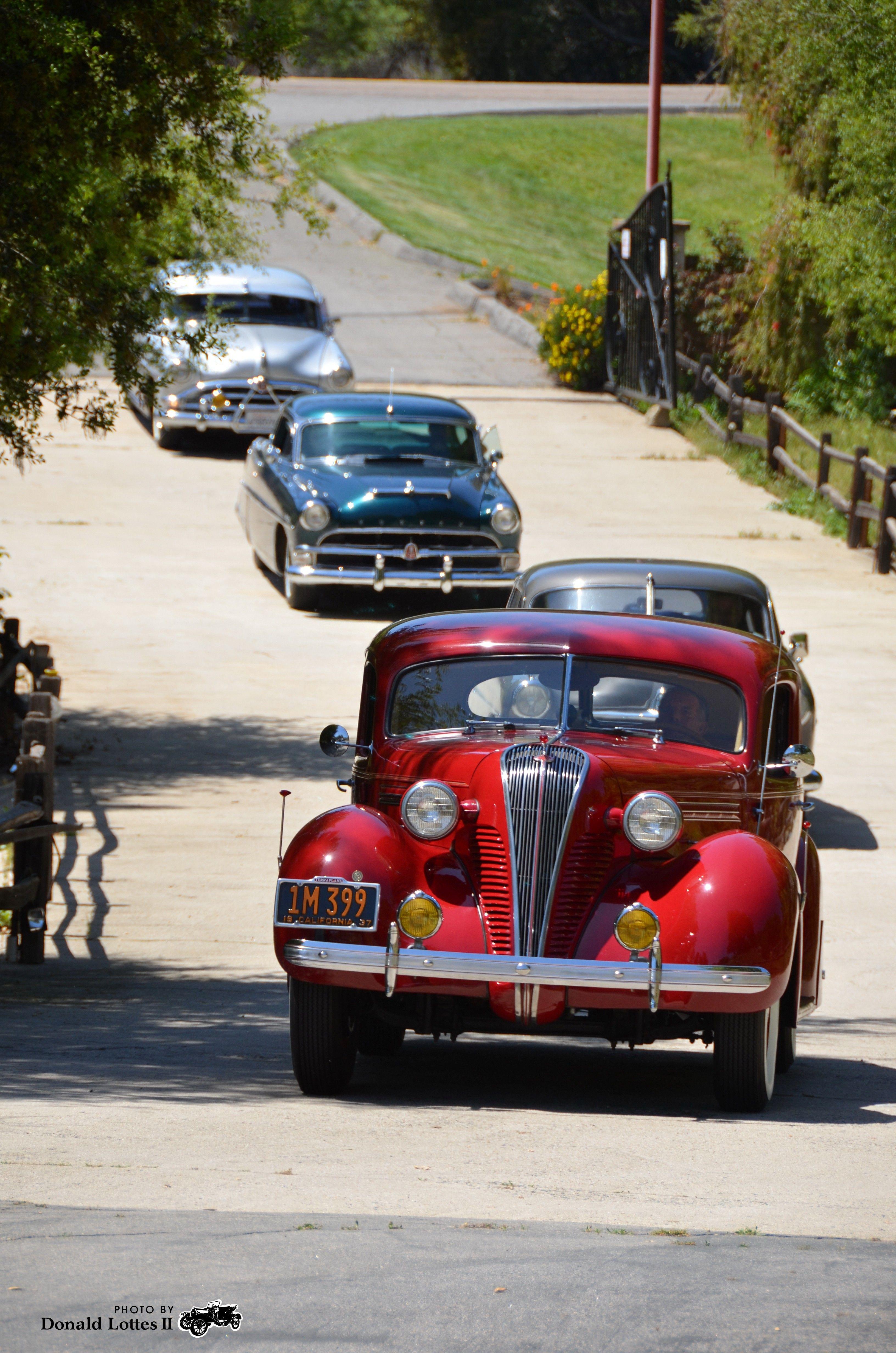 Hudsons Entering The Vineyard In Escondido California Hudson Car Hudson Terraplane Vespa Vintage