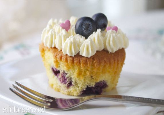 Blueberry cupcakes with white chocolate frosting