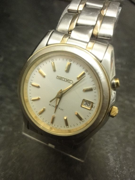 0e6369c9ff2d7 Vintage Gents Seiko Kinetic Two Tone Watch 5M62-0B00 in 2019 ...