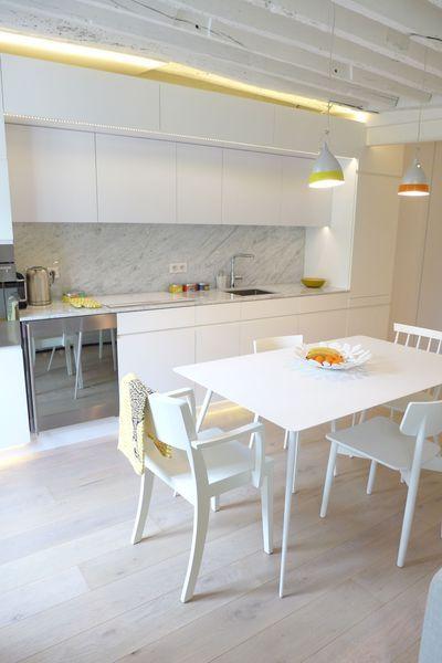 Avant après  design chic pour un séjour avec cuisine ouverte - salon sejour cuisine ouverte