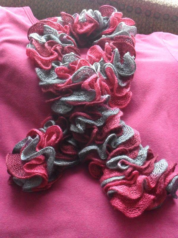 Bernat Twist and Twirl scarf knitting instructions   craft ...