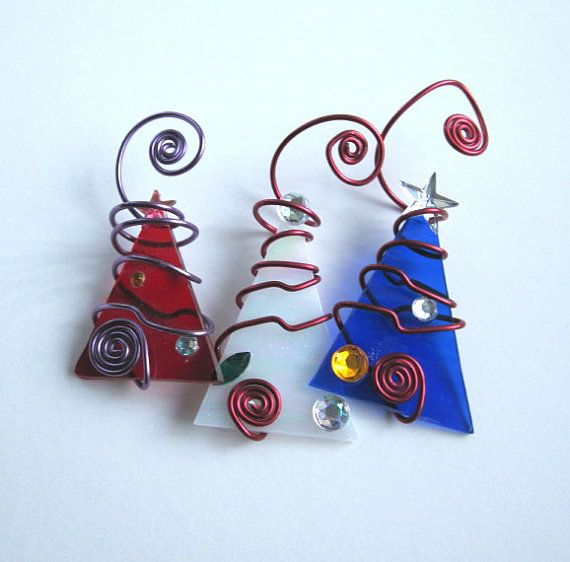 A Beautiful Trio Of Red White And Blue Tree Ornaments All Perfect Little Ornaments For Your Patriotic Christmas Theme These Ooak Trees