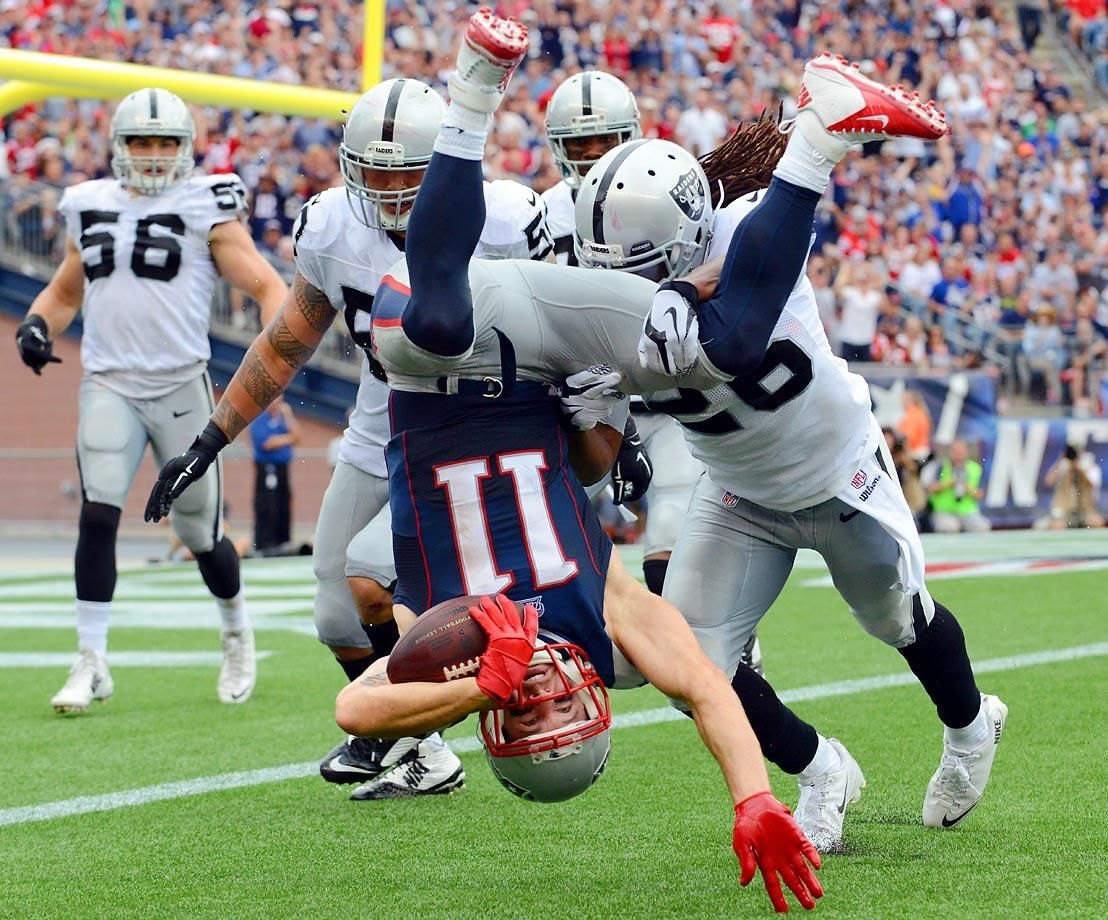 Best Photos From The Opening Month Of The Nfl Season Wide Receiver Julian Edelman Of The New England Patrio Julian Edelman Edelman Patriots Patriots Football
