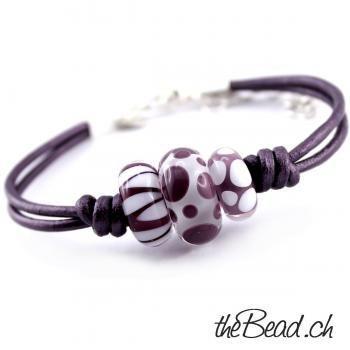 Leather bracelet VELVET with UNIKAT glass beads#beads #bracelet #glass #leather #unikat #velvet