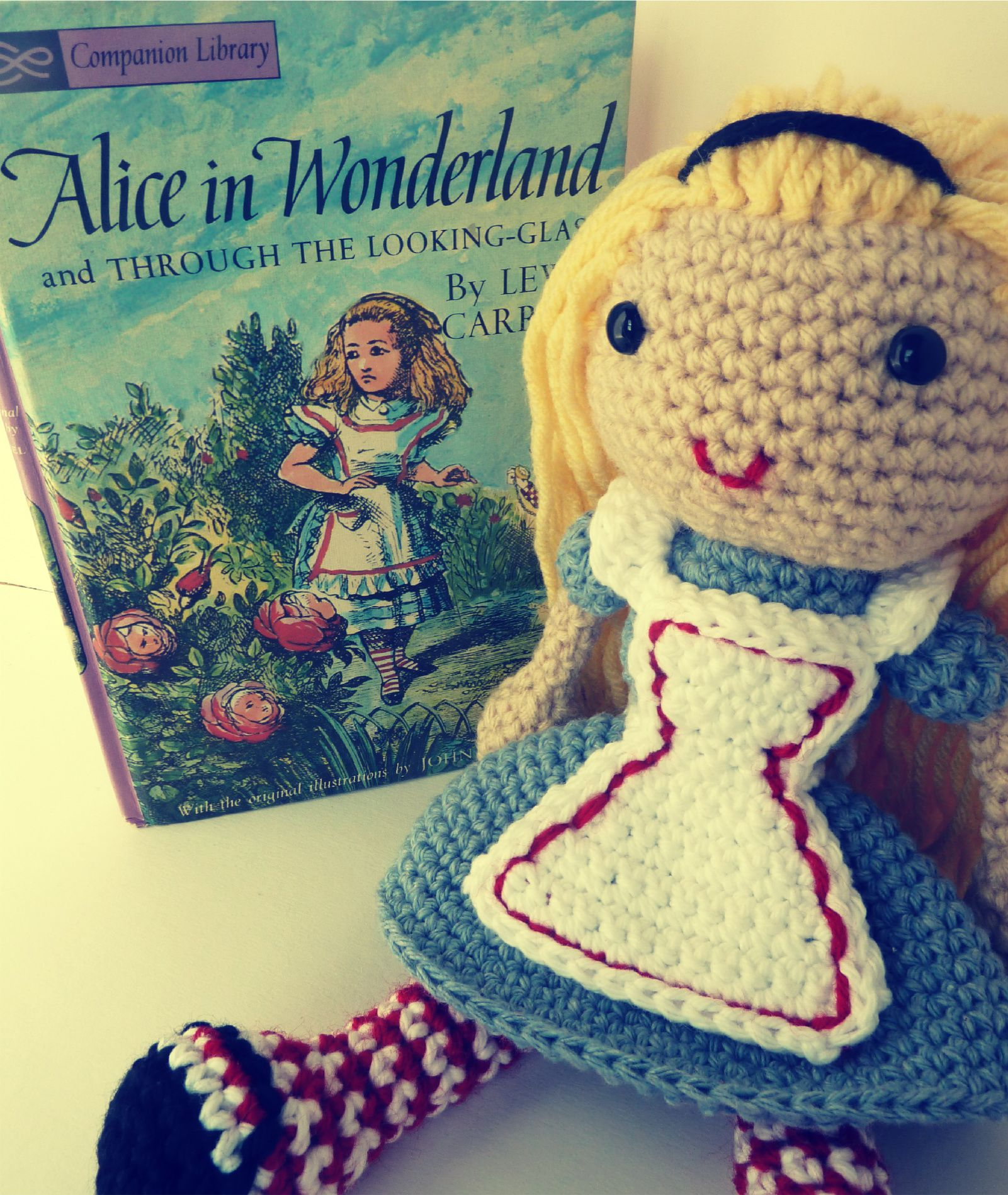 Amazon.com: Dress Up Dolls Amigurumi Crochet Patterns: 5 big dolls ... | 1897x1601