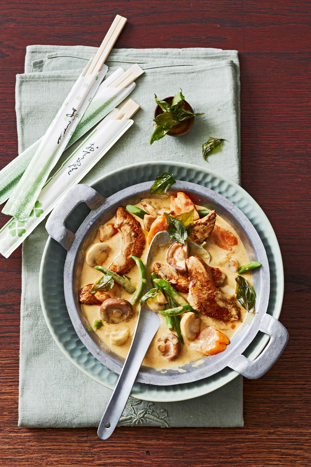 Photo of Thai wok pan with coconut milk from Anghi | chef