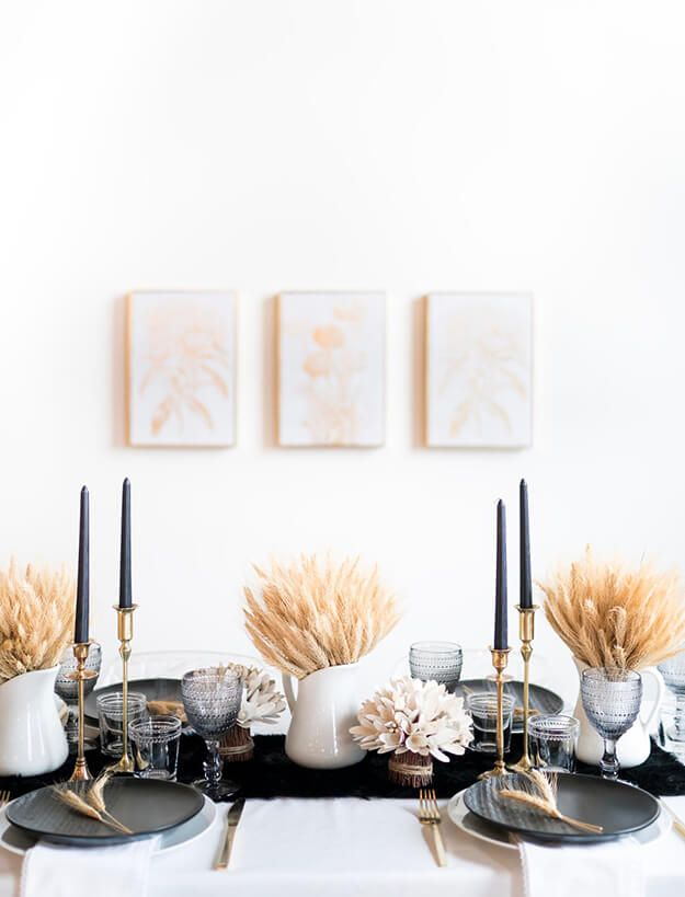 7 Simple Gorgeous Modern Thanksgiving Tablescapes #thanksgivingtablesettings