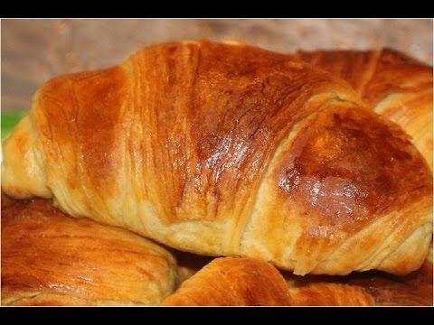طريقة الكرواسون المورق بطريقة سهلة Croissant الحلقة 42 مطبخ تيك تاك Youtube Food Recipes I Foods