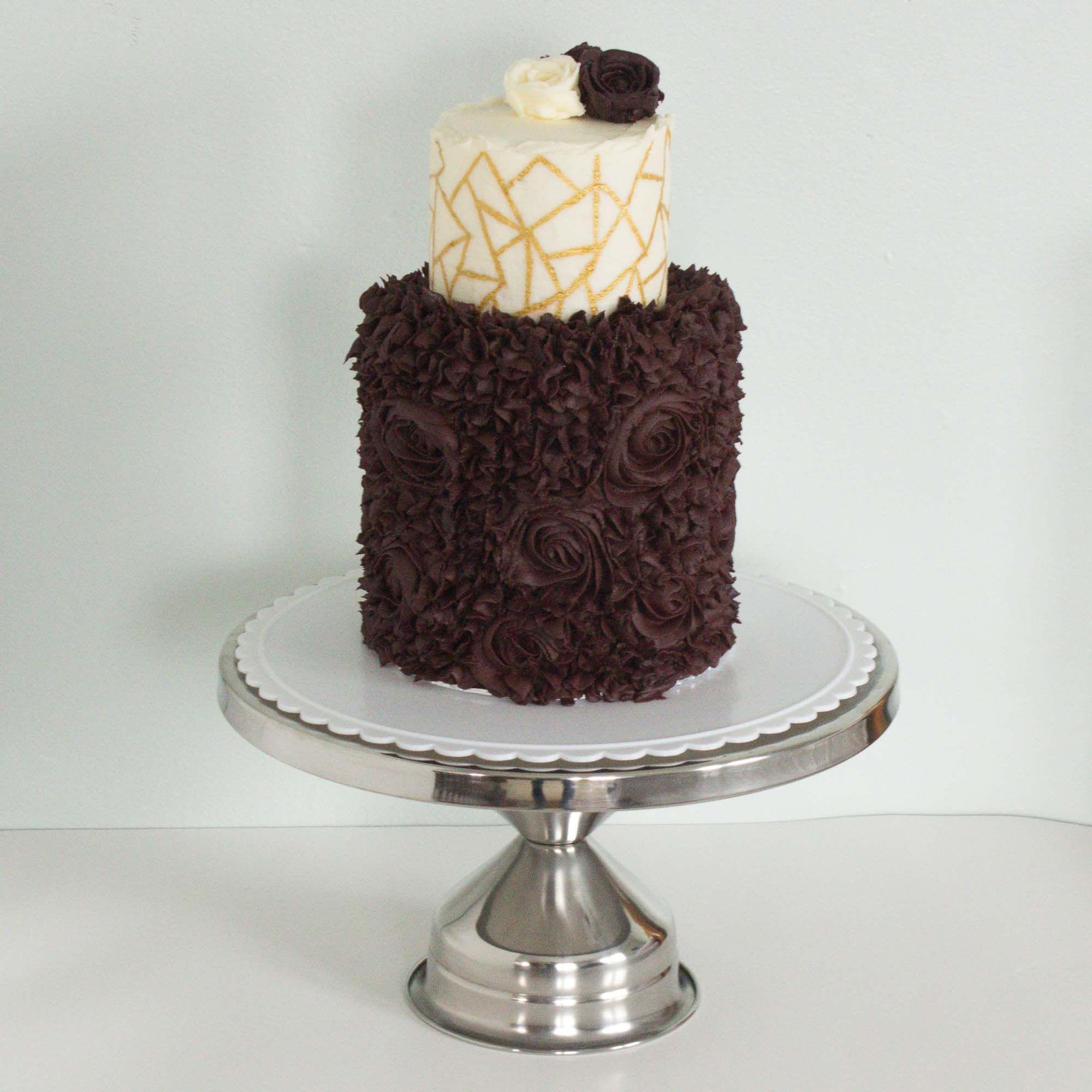 Burgundy wedding cake Burgundy wedding cake, Cake